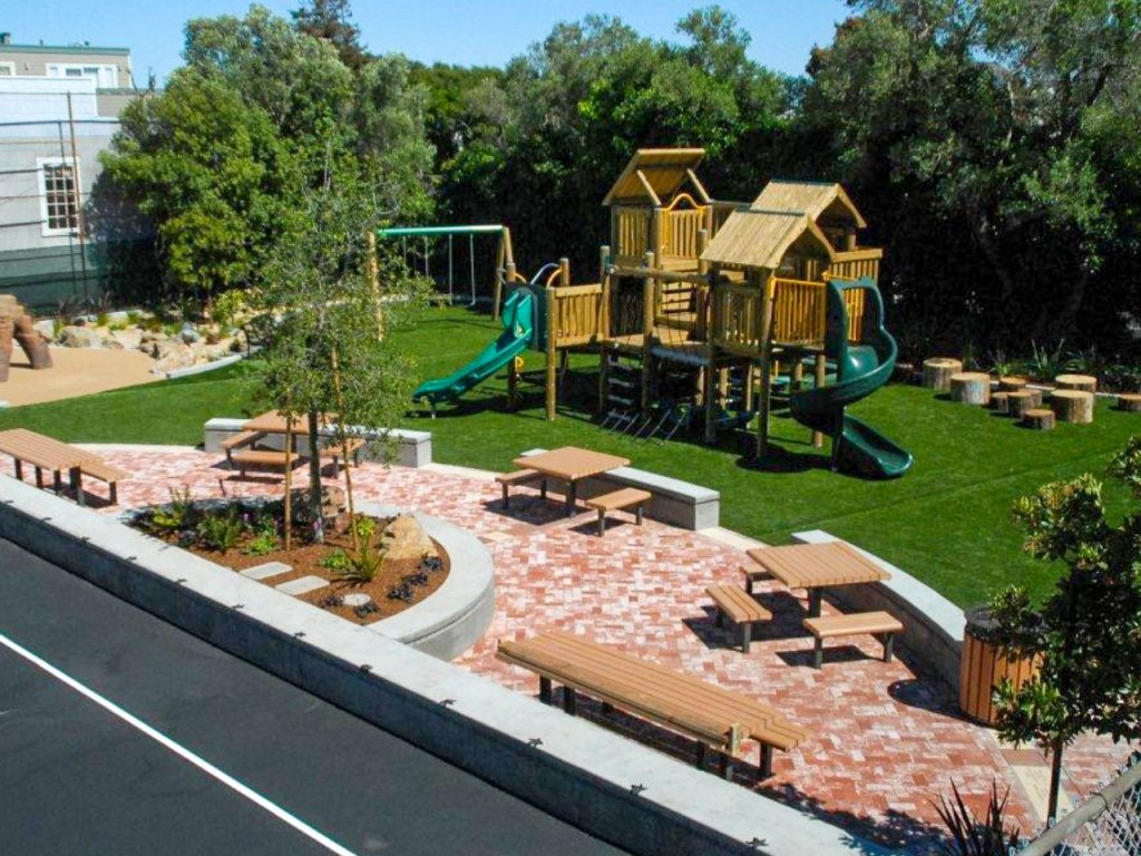Presidio Heights Playground Installation by Community Playgrounds
